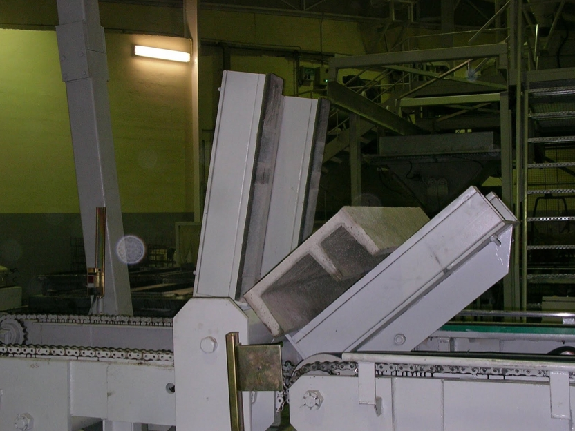 Concrete gutters, block making machines Rometa